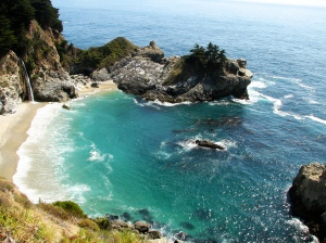 Big-Sur-California-Waterfalls-McWay-Falls-3