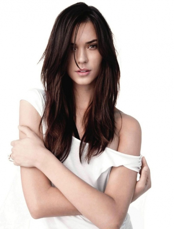 600full-odette-annable